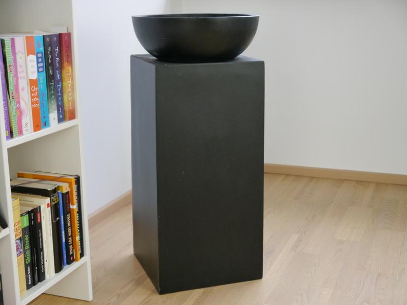 ein ehrenplatz f r ihre pflanzen podeste eastwest. Black Bedroom Furniture Sets. Home Design Ideas