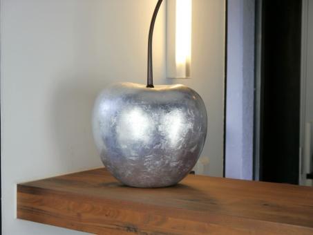 Deko-Kirsche aus Fiberglas in Hochglanz silber 26x22x50 cm
