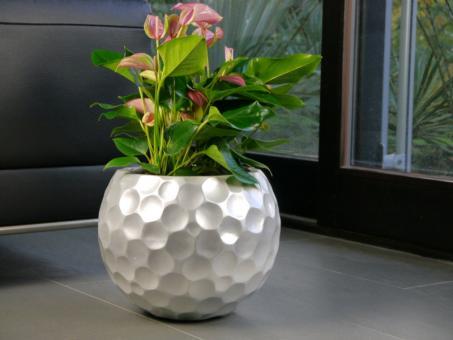 Pflanzkübel MONDO aus Fiberglas in seidenmatt silber 45x45x37 cm