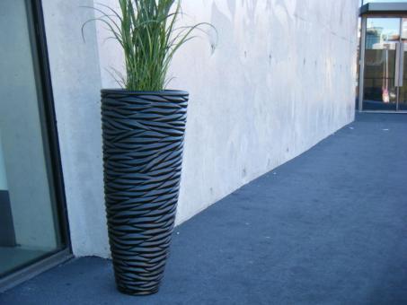 Blumenkübel BLACK aus Fiberglas in schwarz