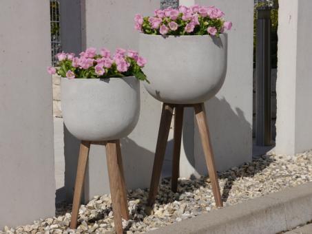 2er Set Pflanzkübel BONITO Ø38 und Ø30cm, Fibercement mit Holzfüßen, betongrau