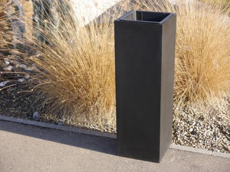 FERTIGSET: Pflanzkübel mit Einsatz aus Fiberglas in schwarz-anthrazit - hoch