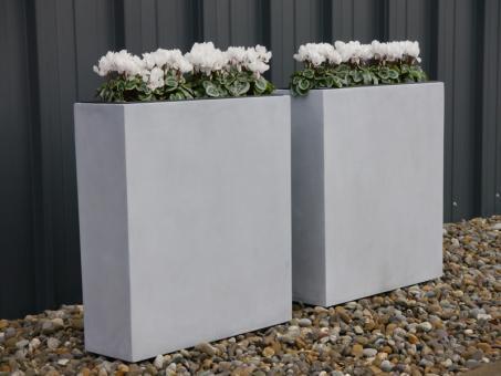 Raumteiler DIVIDO aus Fiberglas in betongrau