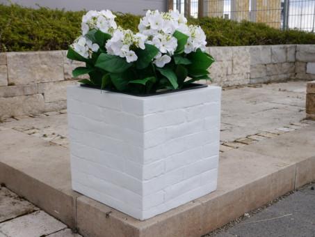 Blumenkübel WALL aus Fiberglas wie orig. Mauergestein in weiß