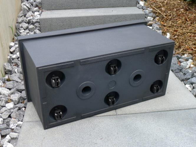 golo mit rollen blumenk bel pflanzgef rotations polyethylen 80x30x40cm anthrazit. Black Bedroom Furniture Sets. Home Design Ideas