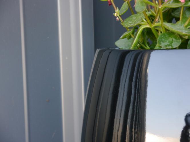yoro pflanzk bel blumenk bel fiberglas 21x21x19cm handgefertigtes unikat exklusives design. Black Bedroom Furniture Sets. Home Design Ideas