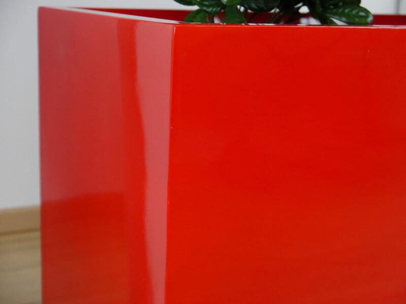 Hochglanz Pflanzkübel rot online kaufen | EAST WEST Trading