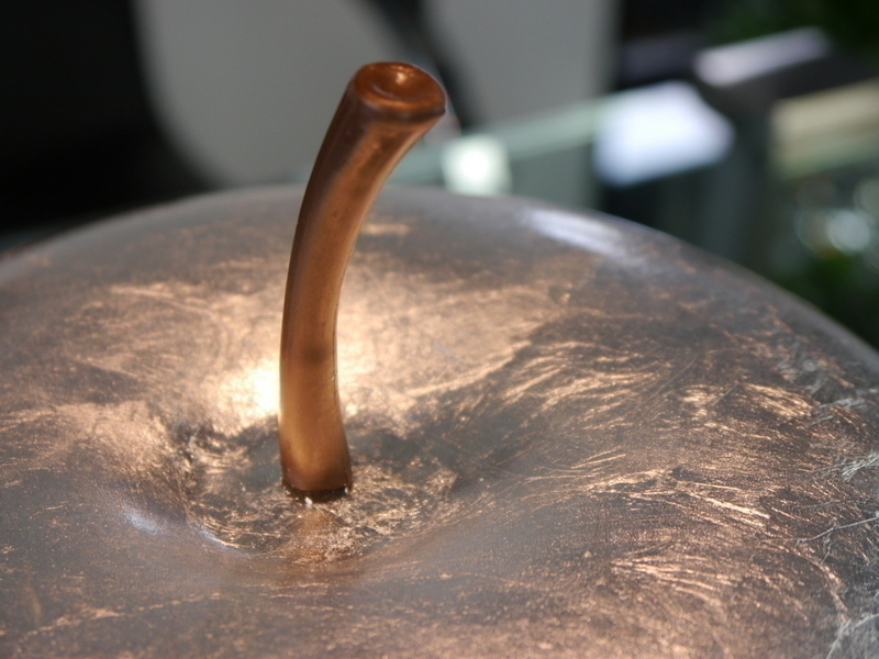 Deko apfel aus fiberglas in hochglanz silber bei east - Fiberglas eigenschaften ...